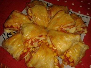 Pizza-csücsök leveles tésztából