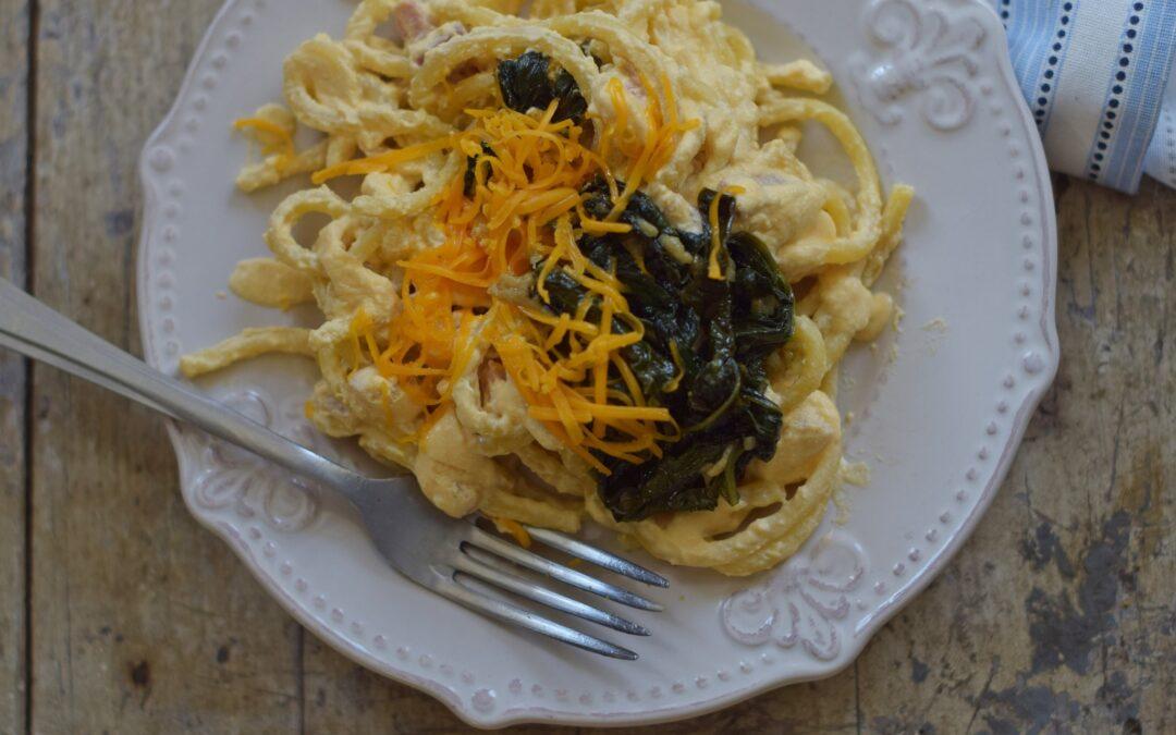 Krémsajtos, sonkás spagetti spenóttal (vagy spenót nélkül)