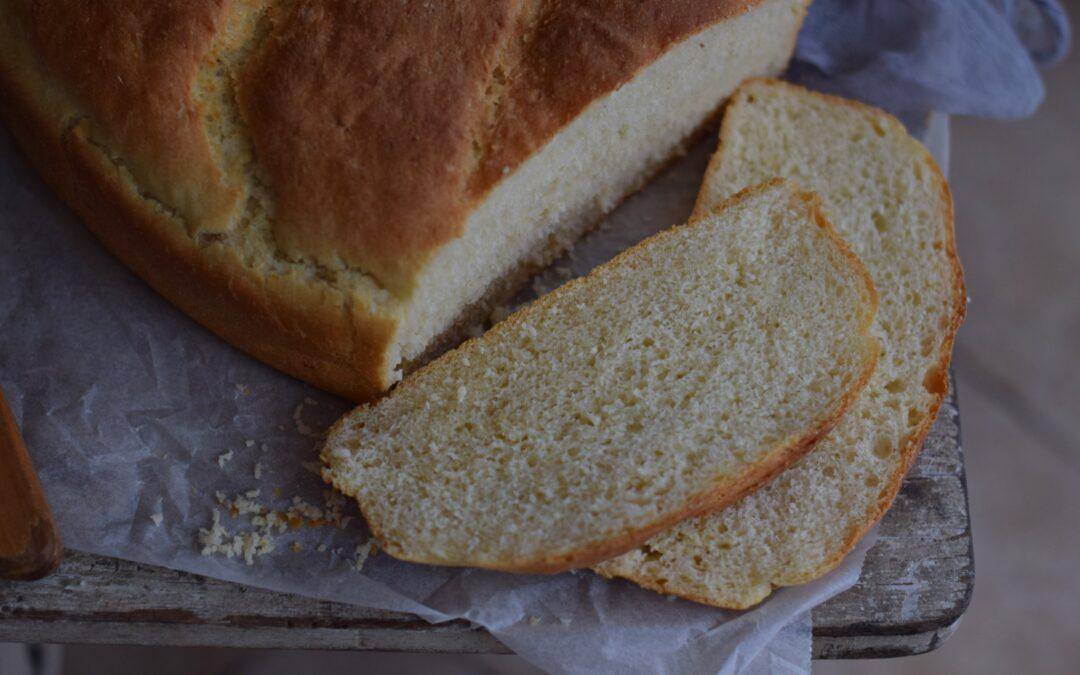 Erzsi néni krumplis kenyere bögrésen