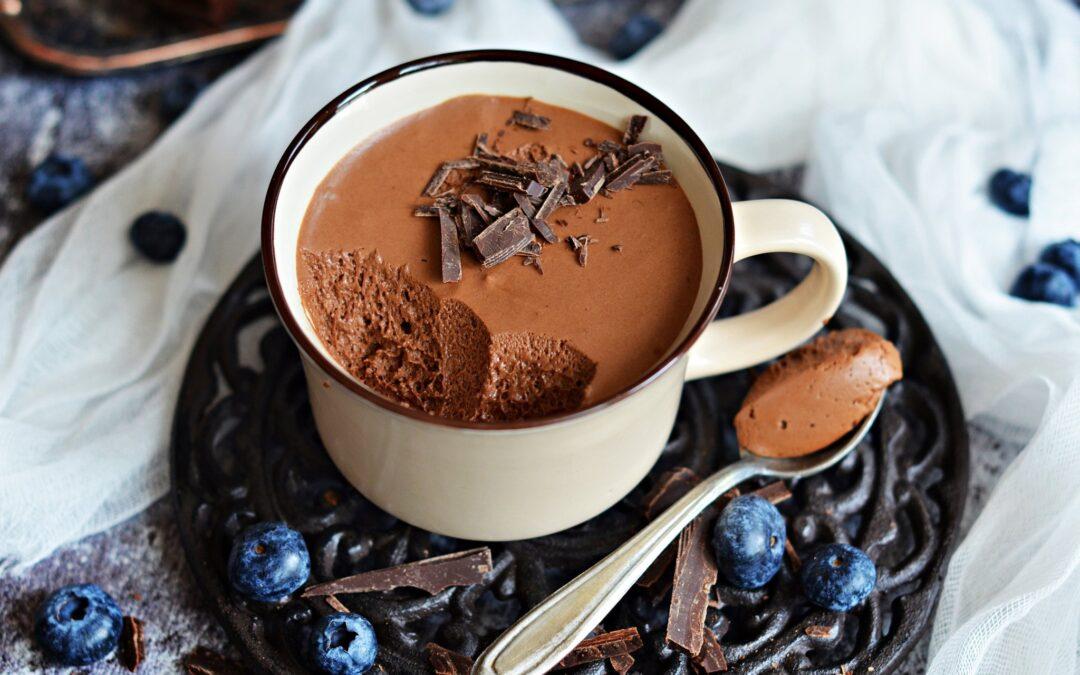 Buborékos francia csokoládékrém bögrésen